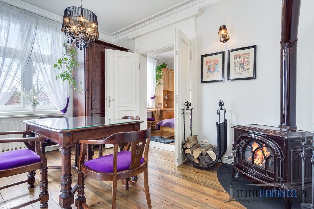 fotograf-apartament-wynajem-sopot-kominek