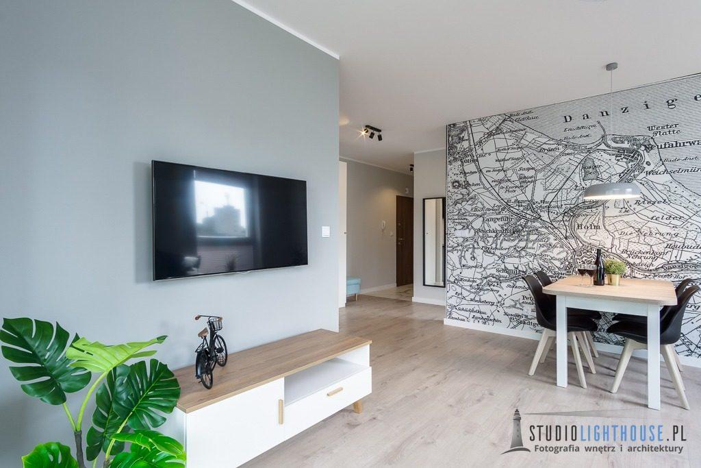 fotografia-apartementu-wynajem-pokoj-tv